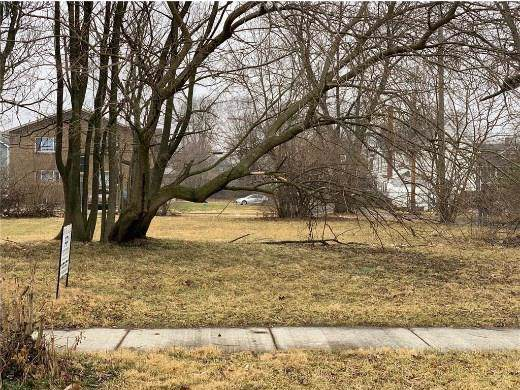 2546 Carrollton Avenue, Indianapolis, IN 46205 (MLS #21689498) :: The Indy Property Source
