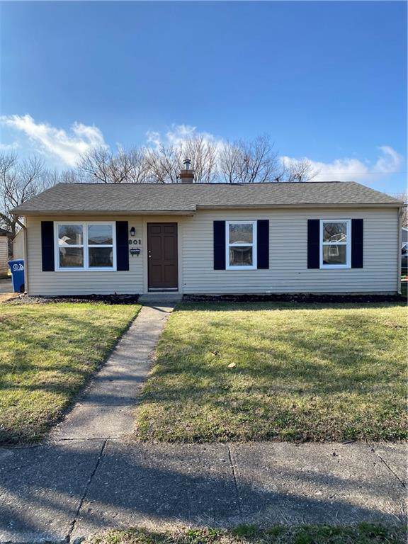 801 Eberhart Drive, Shelbyville, IN 46176 (MLS #21689667) :: Mike Price Realty Team - RE/MAX Centerstone