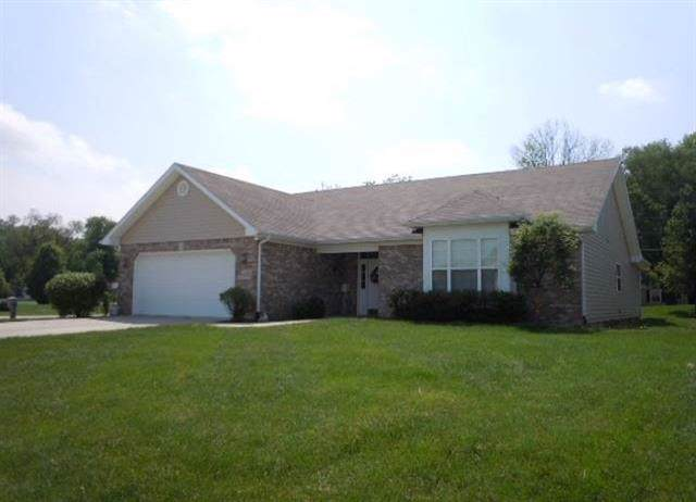 1705 S Stapleton Drive, Yorktown, IN 47396 (MLS #21690421) :: The Indy Property Source