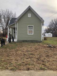 825 W Roache Street, Indianapolis, IN 46208 (MLS #21692683) :: The Indy Property Source