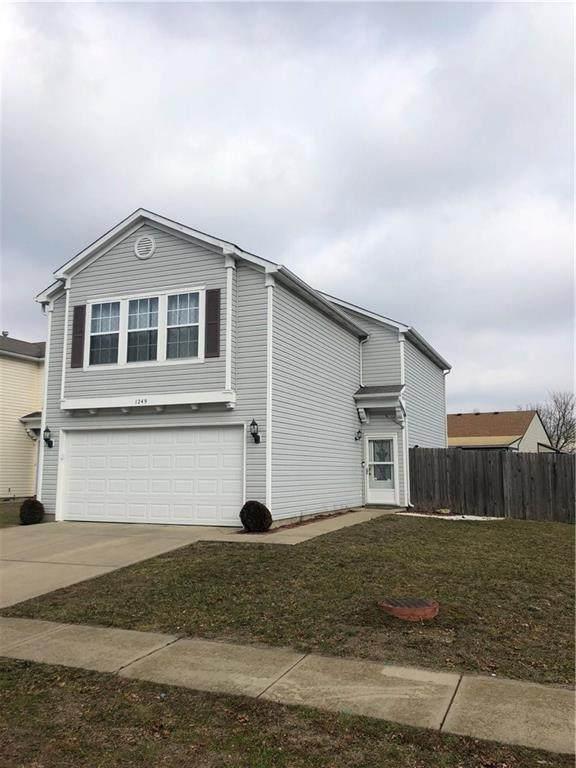 1249 Edgewater Drive, Greenwood, IN 46143 (MLS #21694514) :: Heard Real Estate Team | eXp Realty, LLC