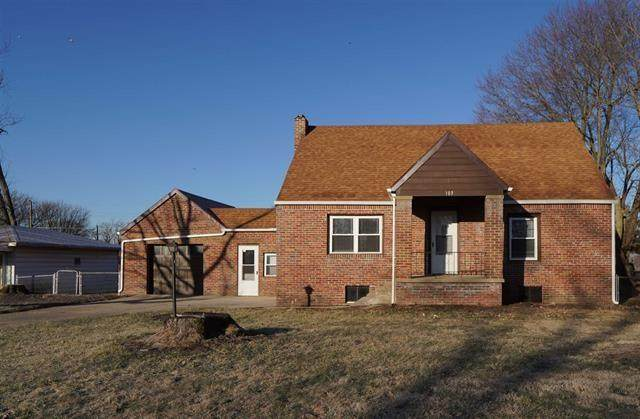 103 N Grafton Avenue, Muncie, IN 47303 (MLS #21696348) :: Richwine Elite Group