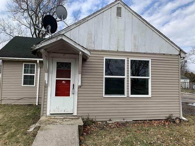 1023 N Monroe Street, Hartford City, IN 47348 (MLS #21698637) :: Heard Real Estate Team | eXp Realty, LLC
