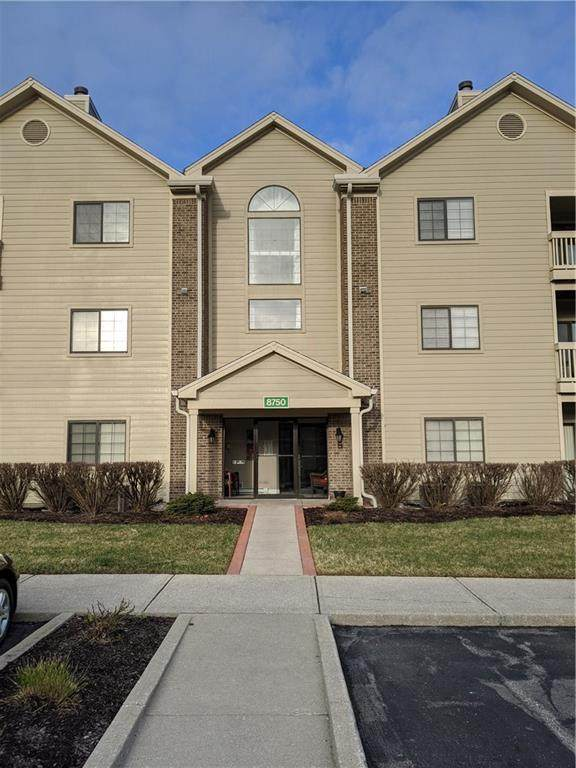 8750 Yardley Court #208, Indianapolis, IN 46268 (MLS #21699725) :: The ORR Home Selling Team