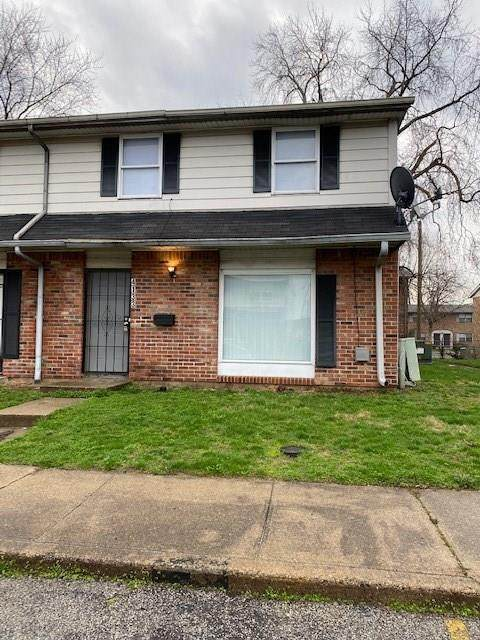 4133 Mt Vernon Court, Indianapolis, IN 46226 (MLS #21701702) :: The ORR Home Selling Team