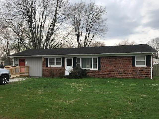 303 W Walnut Street, Crothersville, IN 47229 (MLS #21703018) :: The ORR Home Selling Team