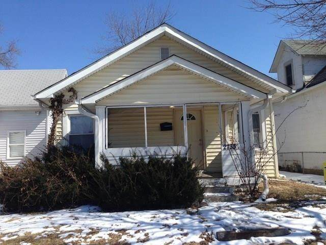 2733 N Lasalle Street, Indianapolis, IN 46218 (MLS #21706526) :: The Indy Property Source
