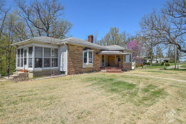 690 N Mississinewa Avenue, Albany, IN 47320 (MLS #21708534) :: AR/haus Group Realty