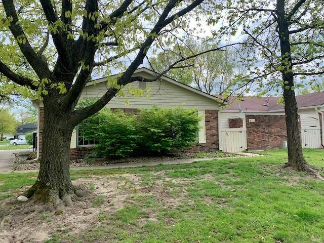 4715 Dorkin Court, Indianapolis, IN 46254 (MLS #21709712) :: The ORR Home Selling Team