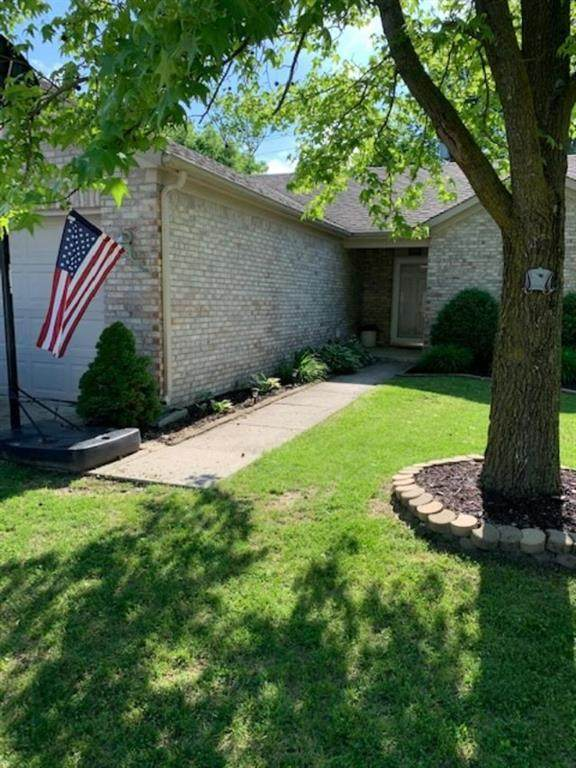 3 Ashwood Circle, Brownsburg, IN 46112 (MLS #21710111) :: Heard Real Estate Team | eXp Realty, LLC