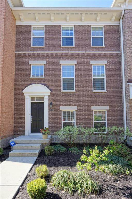 9508 Oakley Drive, Indianapolis, IN 46260 (MLS #21711252) :: The Indy Property Source