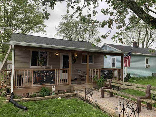 519 S Richmond Street, Hartford City, IN 47348 (MLS #21712059) :: The ORR Home Selling Team