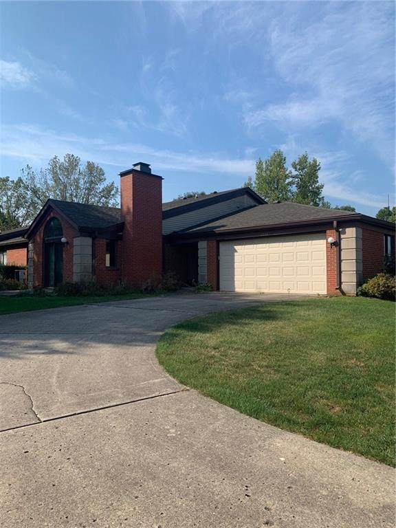2253 Emily Drive, Indianapolis, IN 46260 (MLS #21719186) :: AR/haus Group Realty