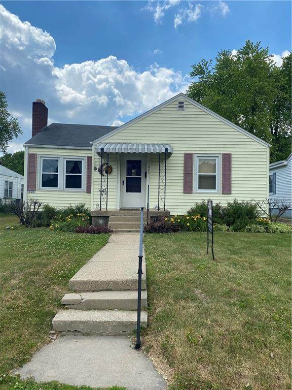 221 Park Avenue, New Castle, IN 47362 (MLS #21719200) :: Anthony Robinson & AMR Real Estate Group LLC