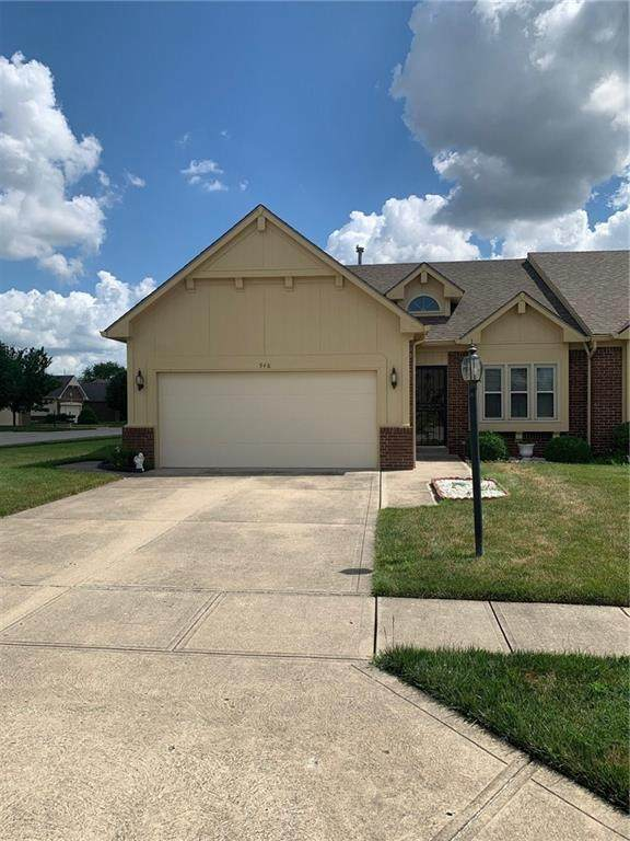 948 Peppermill Run, Greenwood, IN 46143 (MLS #21722673) :: The Indy Property Source