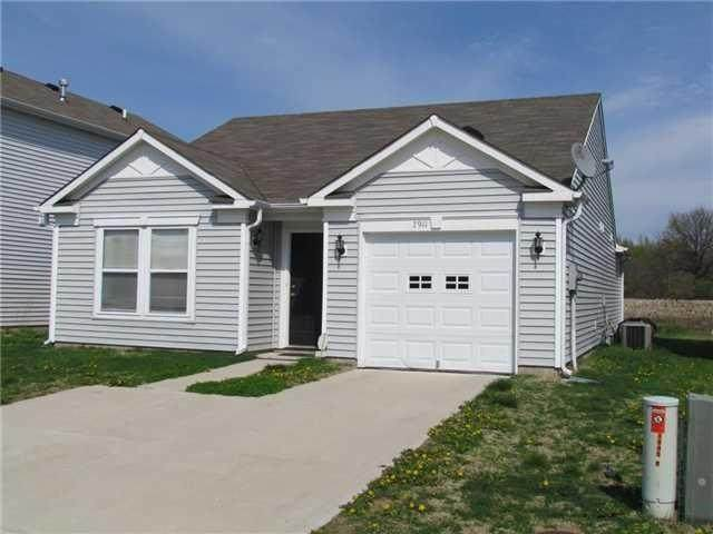 7911 Puckett Lane, Camby, IN 46113 (MLS #21722982) :: The Indy Property Source