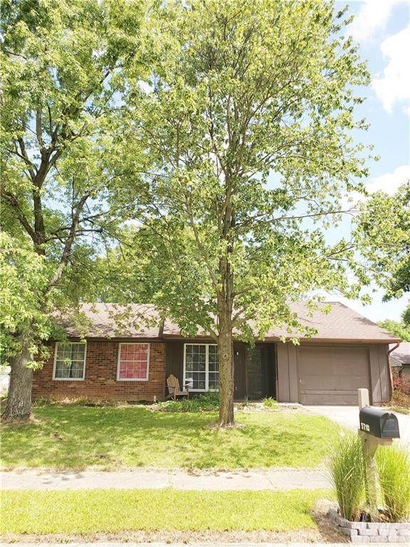 5710 Bahia Court, Indianapolis, IN 46237 (MLS #21730154) :: Mike Price Realty Team - RE/MAX Centerstone