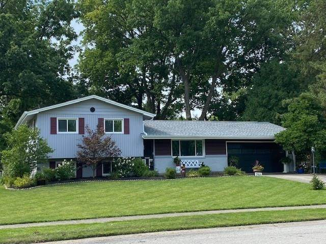 751 Altam Avenue, Carmel, IN 46032 (MLS #21731142) :: Mike Price Realty Team - RE/MAX Centerstone