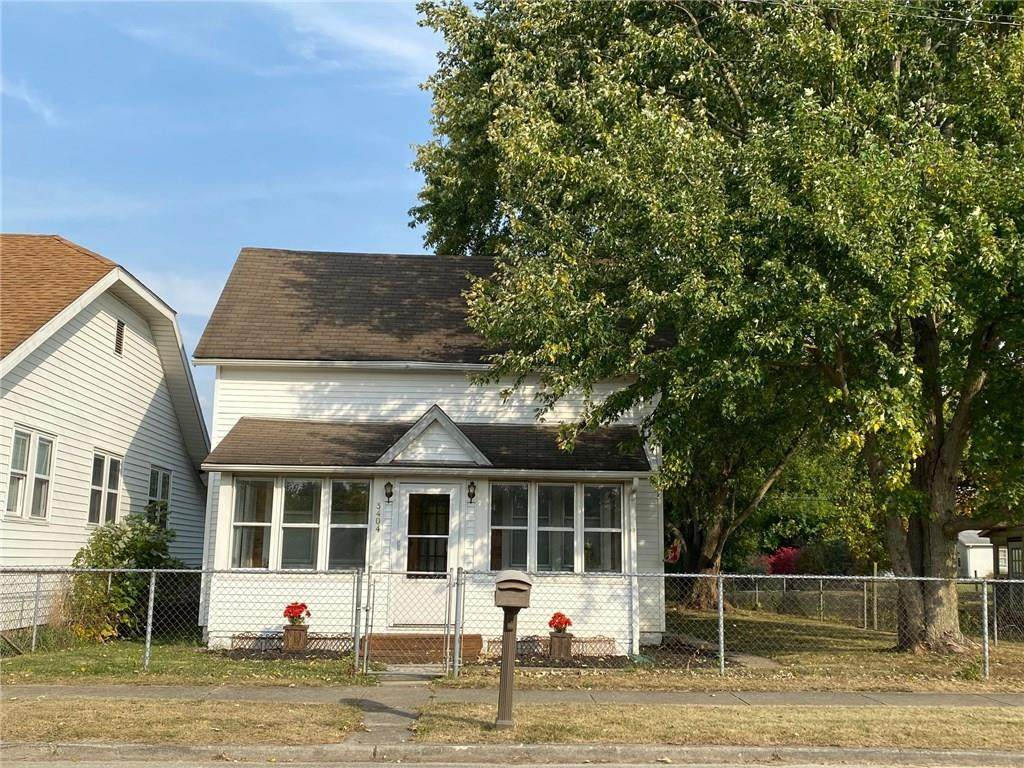 3404 Clark Street - Photo 1