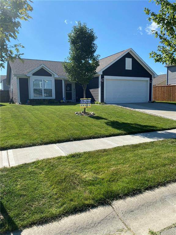 2482 Bristol Drive, Franklin, IN 46131 (MLS #21732413) :: Mike Price Realty Team - RE/MAX Centerstone
