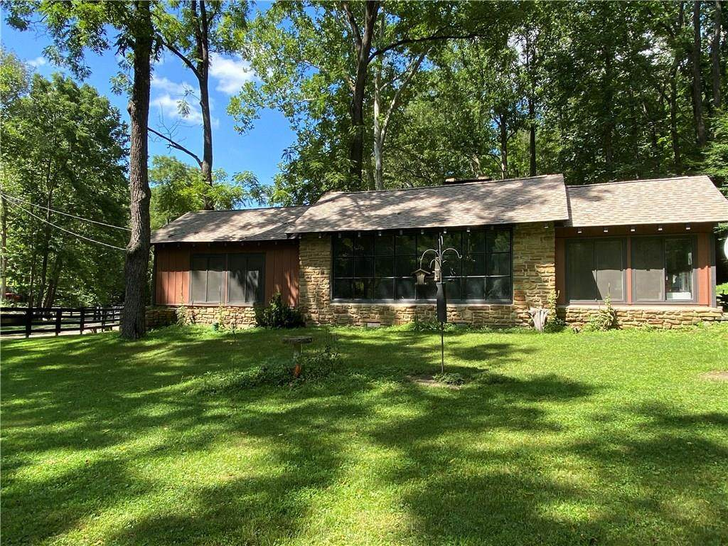 2209 Wallow Hollow Road - Photo 1