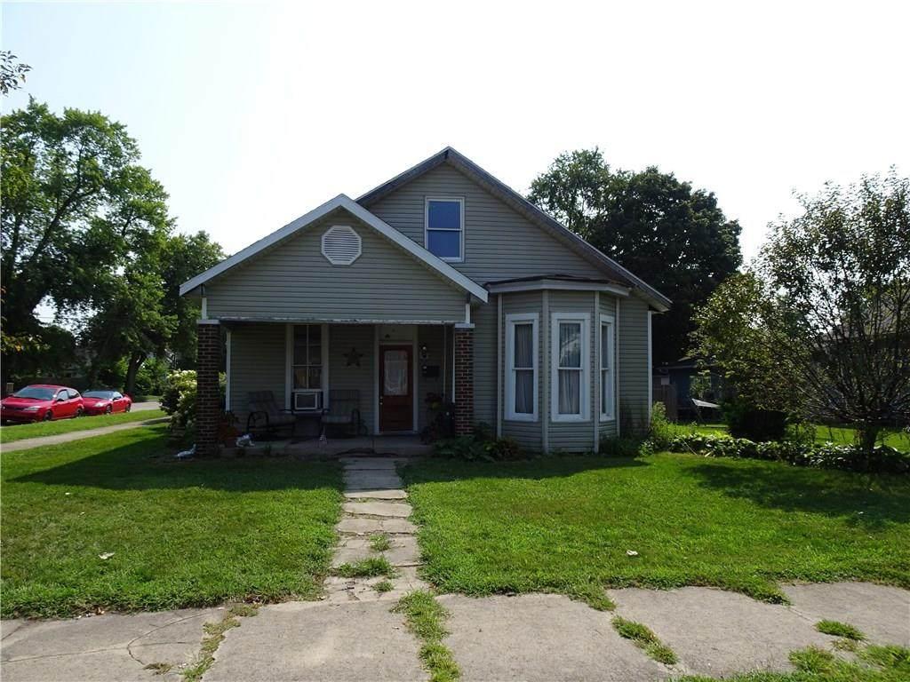 109 Sycamore Street - Photo 1
