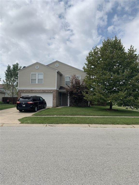 1706 Blue Grass Parkway, Greenwood, IN 46143 (MLS #21735253) :: Anthony Robinson & AMR Real Estate Group LLC