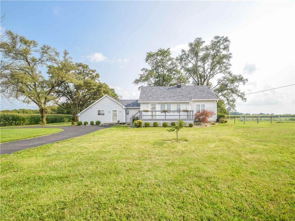 5683 State Road 44 - Photo 1