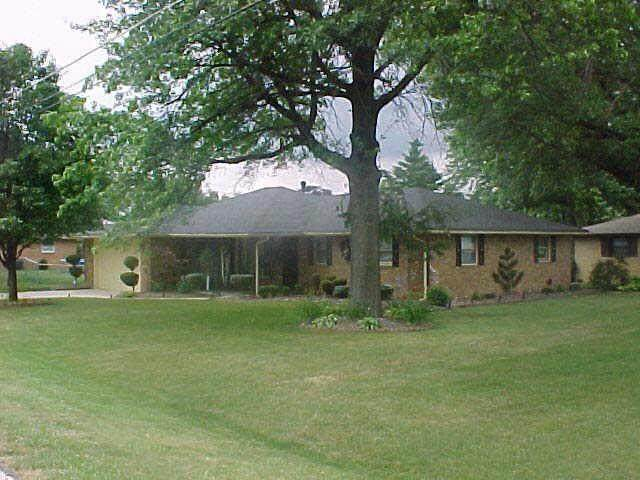 1741 Shepherd Road, Anderson, IN 46012 (MLS #21735653) :: Richwine Elite Group