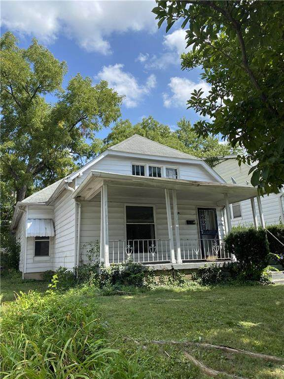 3107 N Capitol Avenue, Indianapolis, IN 46208 (MLS #21736199) :: David Brenton's Team