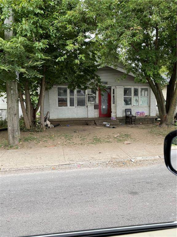 1547 S Belmont Avenue, Indianapolis, IN 46221 (MLS #21736604) :: AR/haus Group Realty