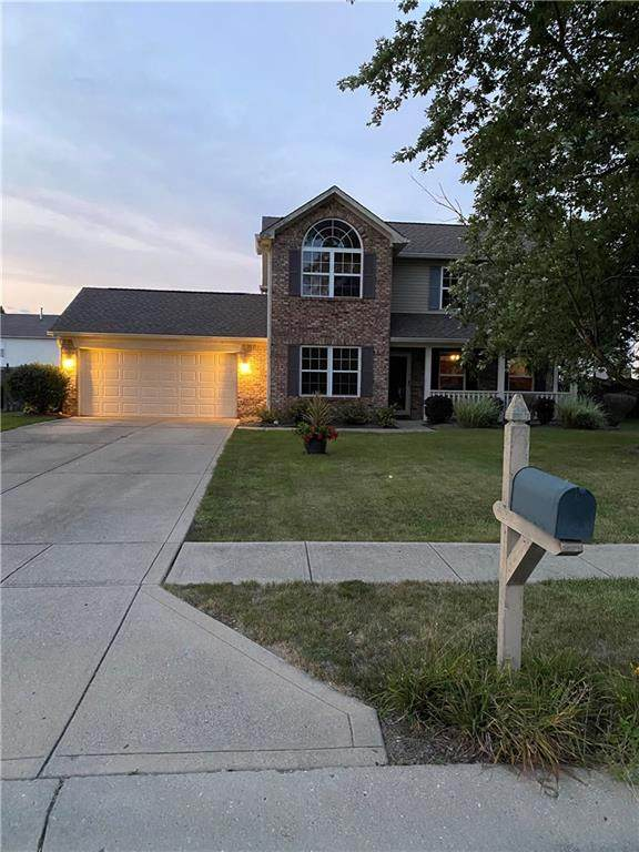 54 Cedarwood Court, Whiteland, IN 46184 (MLS #21737344) :: Mike Price Realty Team - RE/MAX Centerstone