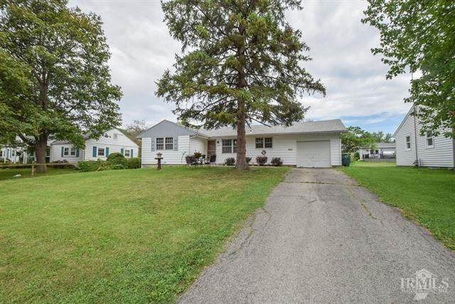 3010 W Amherst Road, Muncie, IN 47304 (MLS #21737677) :: Anthony Robinson & AMR Real Estate Group LLC