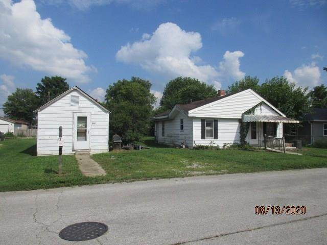 537 S Crawford Street, Martinsville, IN 46151 (MLS #21737877) :: Mike Price Realty Team - RE/MAX Centerstone