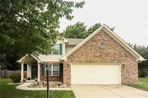 2938 Cross Creek Circle, Westfield, IN 46074 (MLS #21738523) :: Mike Price Realty Team - RE/MAX Centerstone