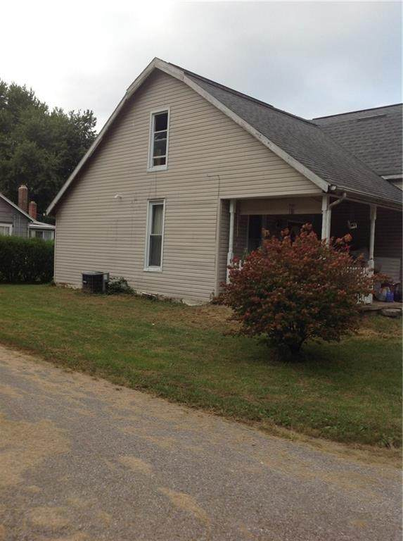 2045 S 800 Road E, Greensburg, IN 47240 (MLS #21739914) :: The Indy Property Source