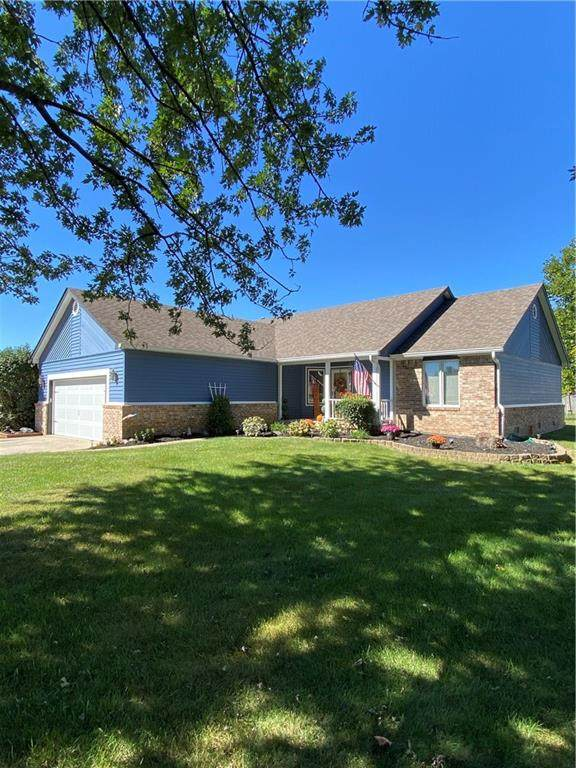 5804 Ridgeland Drive, Brownsburg, IN 46112 (MLS #21739997) :: Anthony Robinson & AMR Real Estate Group LLC