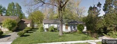 8425 Georgiana Lane, Indianapolis, IN 46226 (MLS #21740173) :: David Brenton's Team
