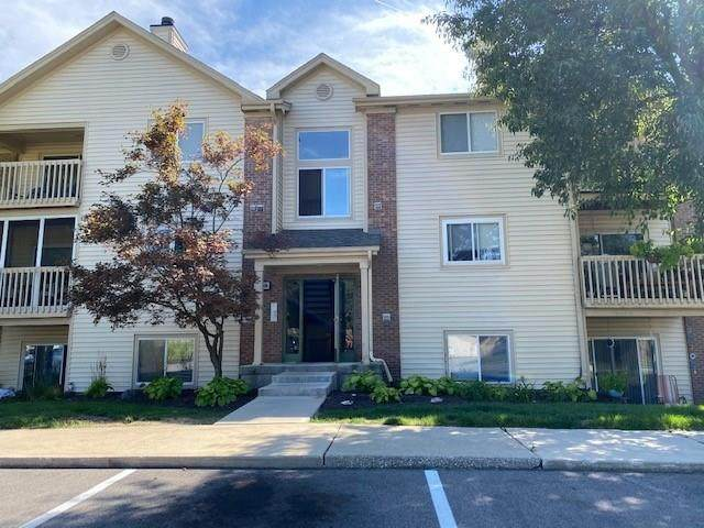 1059 Timber Creek Dr Unit #8, Carmel, IN 46032 (MLS #21740663) :: David Brenton's Team