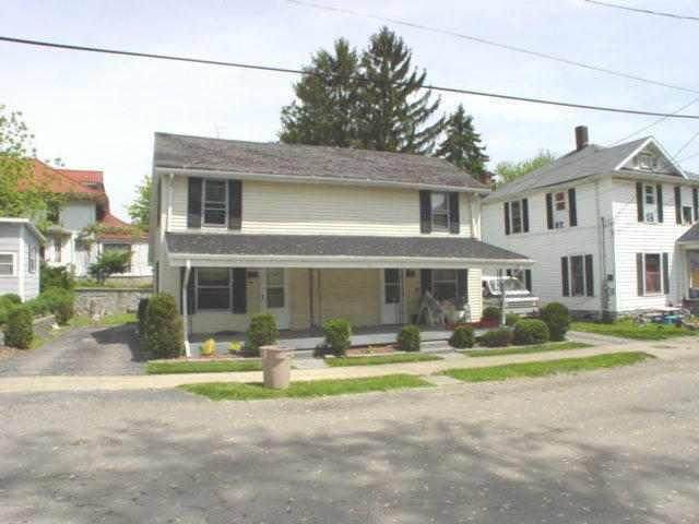 1108 Spring Street, New Castle, IN 47362 (MLS #21740752) :: HergGroup Indianapolis