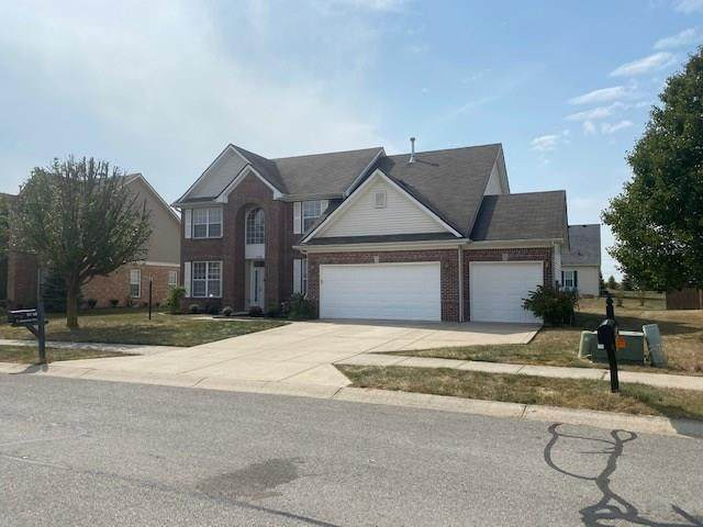 8748 N Autumnview Drive, Mccordsville, IN 46055 (MLS #21740842) :: The ORR Home Selling Team