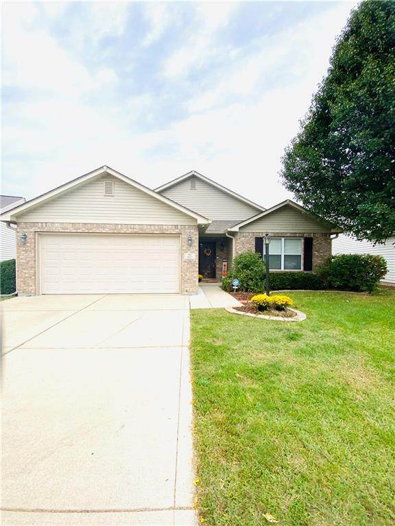 7151 Barnwell Place, Indianapolis, IN 46217 (MLS #21743366) :: AR/haus Group Realty