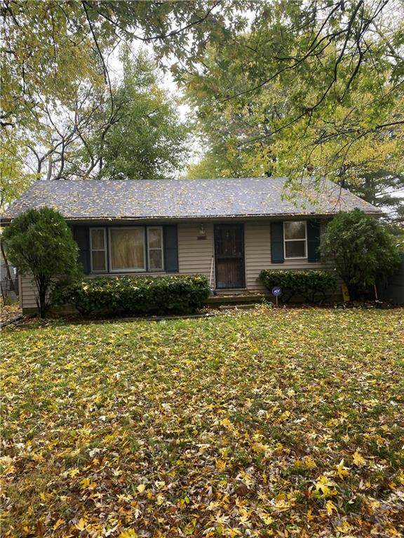 1429 S Whitcomb Avenue, Indianapolis, IN 46241 (MLS #21746191) :: Realty ONE Group Dream