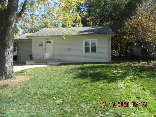 163 N Gibson Avenue, Indianapolis, IN 46219 (MLS #21746349) :: Mike Price Realty Team - RE/MAX Centerstone