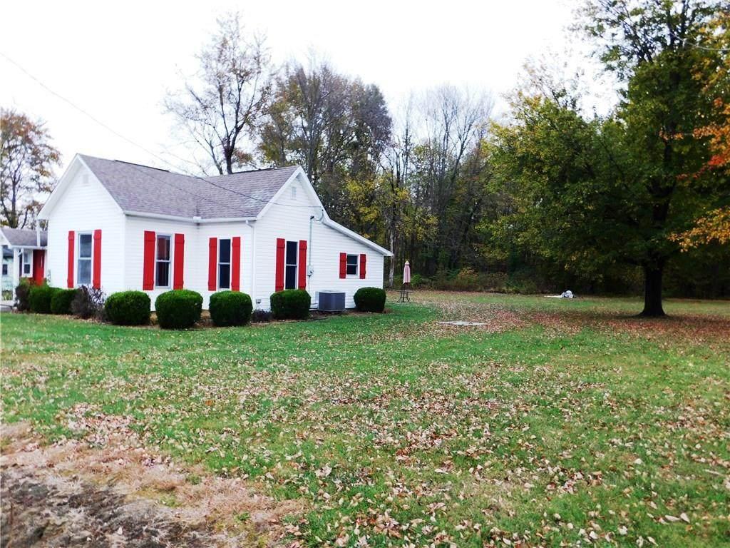 8686 County Road 300 - Photo 1