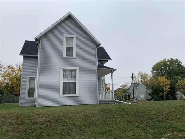 100 E Washington, Eaton, IN 47338 (MLS #21747068) :: The ORR Home Selling Team