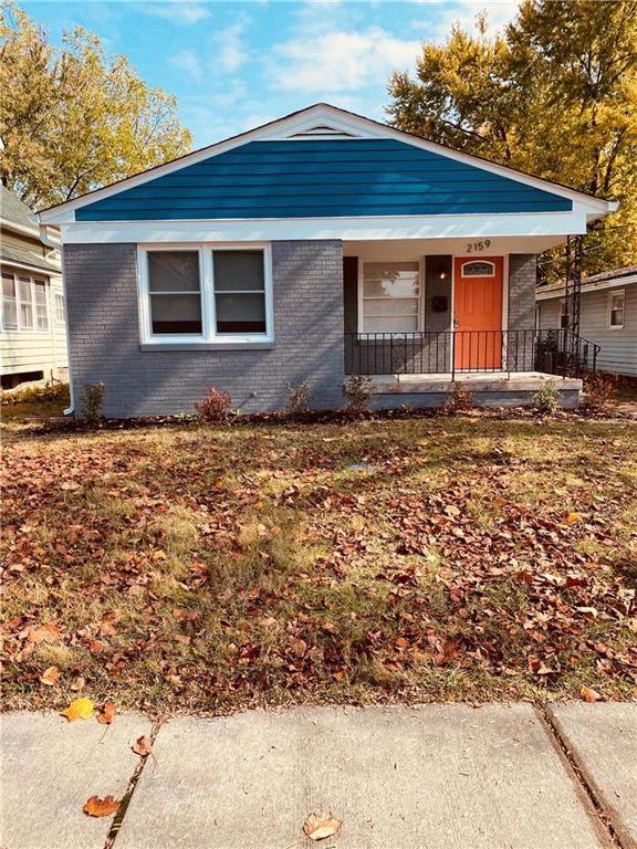 2159 S Garfield Drive, Indianapolis, IN 46203 (MLS #21747190) :: The ORR Home Selling Team