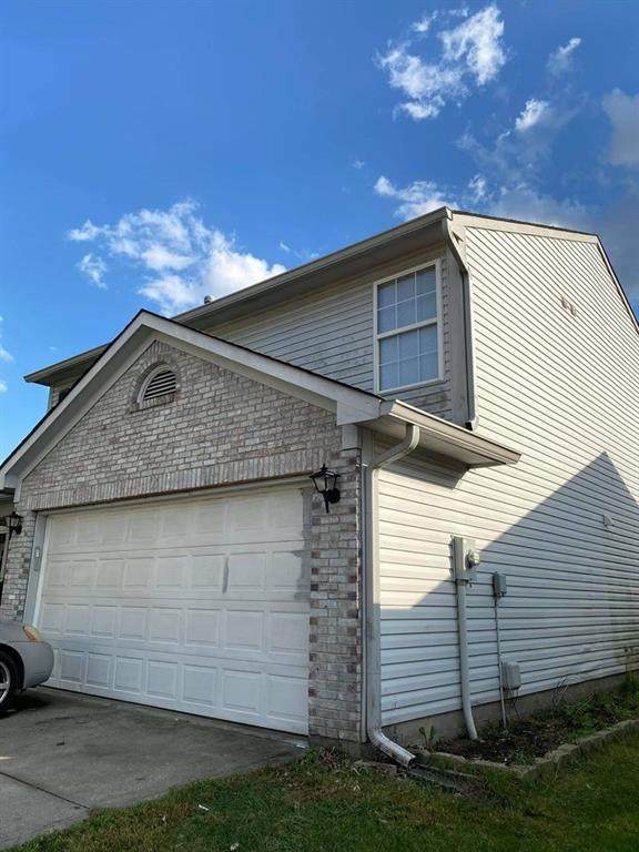 533 Meadows Edge Lane, Indianapolis, IN 46217 (MLS #21748556) :: The Indy Property Source