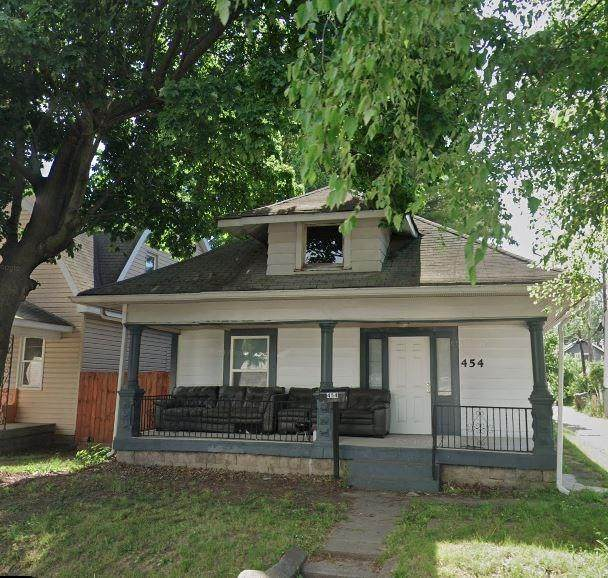 454 N Tibbs Avenue, Indianapolis, IN 46222 (MLS #21749727) :: The ORR Home Selling Team