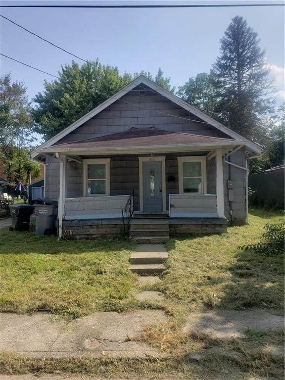 1621 W 21st Street, Anderson, IN 46016 (MLS #21749833) :: Ferris Property Group